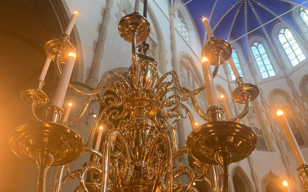 Kroonluchters Martinikerk Groningen